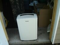 DEHUMIDIFICATEUR