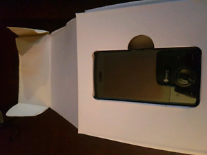 LIKE NEW HTC Touch Diamond cell phone