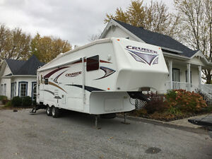 Fifth Wheel Cruiser 2010 CF27R