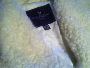 AMERICAN EAGLE FAUX SHERLING/SHERPA SPRING OR FALL JACKET