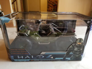 New HALO 4 UNSC Warthog Vehicle Collector's Edition !!!