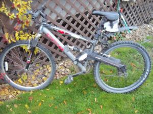 CCM 10 Speed Mountain Bike