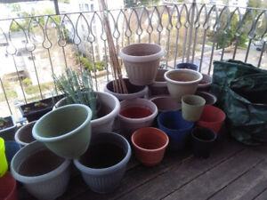 Used plant pots and garden equipment - everything for $20