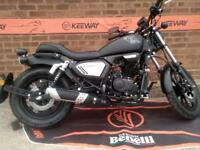 Keeway Cruisers new in stock Superlight 125 se and klight 125 bobber four stroke