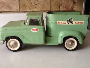 *WOW* 1965 TONKA FARMS HORSE VAN TRUCK London Ontario image 4