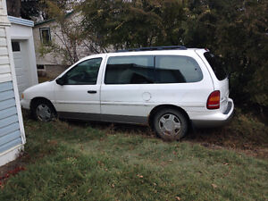 1996 Ford Windstar LX for Parts