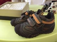NEW Geox shoes toddler chaussure enfant size 28EUR 10.5US
