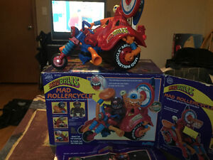 1986 Madballs Rollercycle with box and poster... Kingston Kingston Area image 3