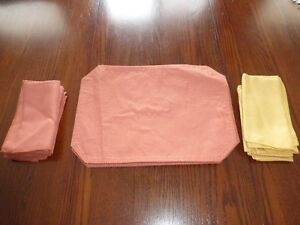 Placemats and cloth napkins
