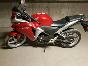 2012 Honda CBR250RA with ABS and Low Kms!!