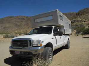 Ford F-250 2003 with Camper