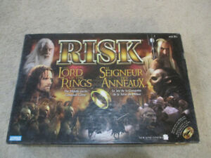 RISK LORD OF THE RINGS Board Game Complete
