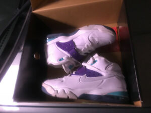Retro Nike's max air imported from Alabama