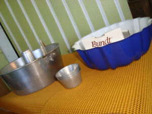 Bundt Pans and mini cups.1 Brand new