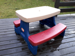 Price Reduced! Little Tikes Foldable Picnic Table