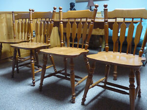 Roxton Chairs Maplewood (Optional Matching Table)