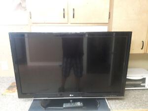 Like new 42inch LED LG flat screen tv