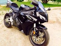 2006 Honda CBR1000RR in immaculate condition with new MVI!!