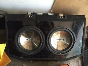 Car sound system insignia dual subwoofer with BASSWORx complete