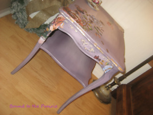 Beautiful Patinaed Chalk Painted Mauve&Roses Bedside Table!
