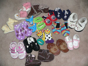 BABY SHOES / SLIPPERS