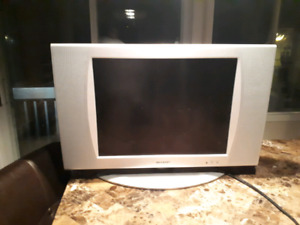 "tv lcd 20"" sharp"
