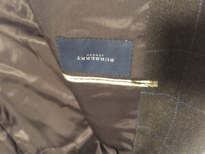 Burberry blazer %100 wool very warm and great condition!!!