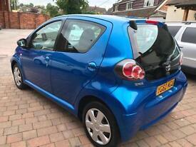 2010 Toyota AYGO 1.0 VVT-i Blue * £20 Road Tax - Full Service History *