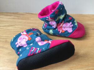 Peppa Pig slippers (toddler size 6)