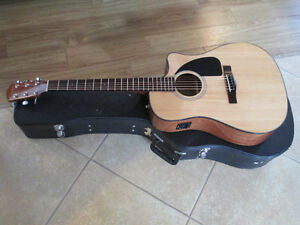 Fender acoustic/electric CD 60 CE