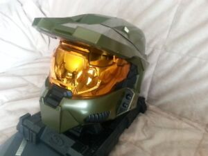 Selling a Hal3,Master Chiefs Helmet,with video games+more