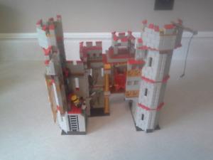 Mega Bloks Minions castle playset
