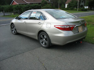 TOYOTA CAMRY seulement 28300 kl