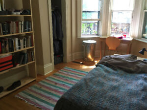 4 bedroom rental flat halifax May-August