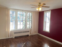 A VERY SWEET SUITE - 2 Bedroom Main Floor