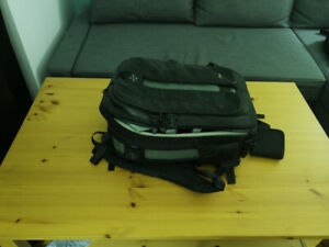 Lowepro DSLR Camera / Lens Kit Bag