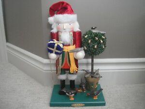 """Bombay Company 15"""" Santa Claus Nutcracker"""