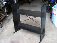 DVD RACK HOLDES ABOUT 100 DVDS 519 729-5862