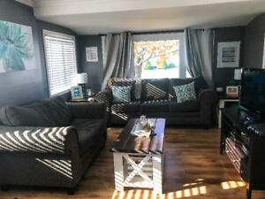 Beautifully renovated one bedroom home in Wallaceburg