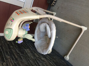 Baby swing great condition !