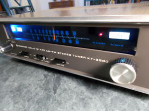 Kenwood KT-3500 AM FM stereo analogue tuner in nice condition!