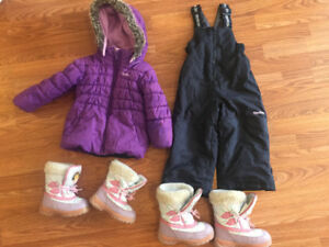 Oshkosh Snowsuit and winter boots size 3.