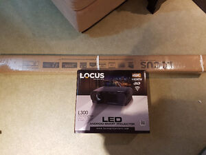 Locus L300 Projector with Screen for trade