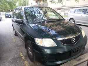 Mazda mpv runs good ...900$