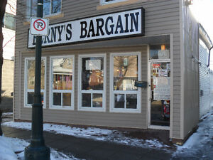 DOWNTOWN CORNWALL RETAIL SPACE FOR LEASE - GROUND FLOOR