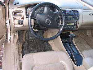 2001 Honda Accord V6 vtec Gatineau Ottawa / Gatineau Area image 7