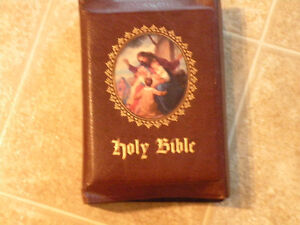 Leather Bound Vintage Bible For Sale – Collector