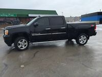 Mint 2011 Denali 2500 Hd