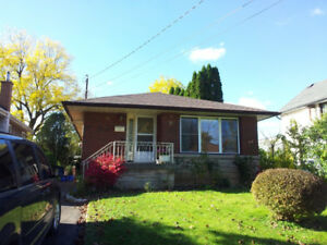 Rooms near McMaster University for rent