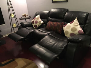 Large Beautiful Leather Couch w/ Recliner (MUST GO!)